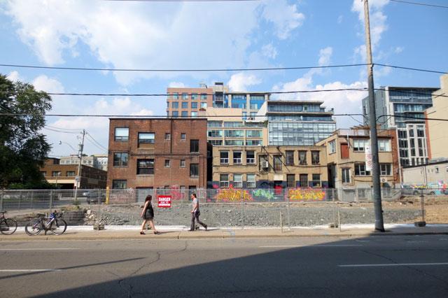 bluebird-building-torn-down
