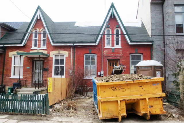 old-house-being-renovated-03