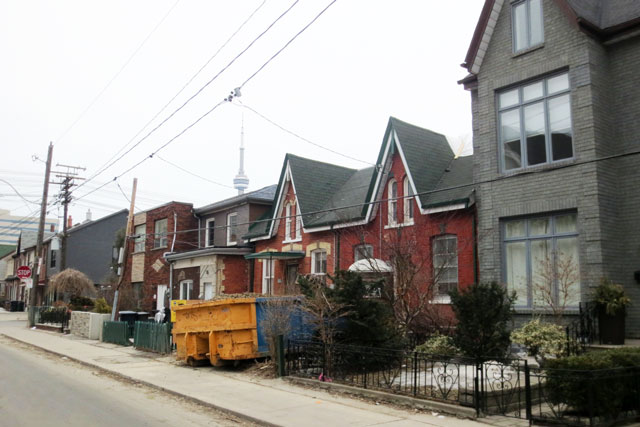 old-house-being-renovated-04
