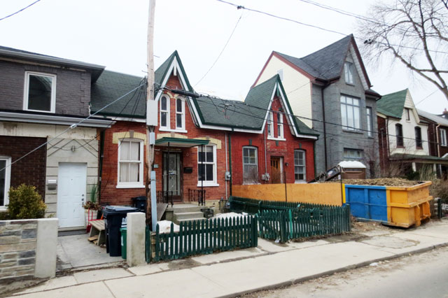 old-house-being-renovated-05