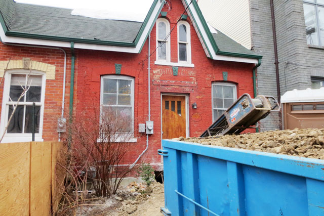 old-house-being-renovated-06