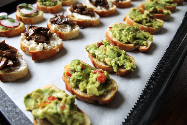 Vegetarian party food three quick crostini toppings loulou downtown three crostini topping recipes quick crostini topping recipes no food processor forumfinder Images