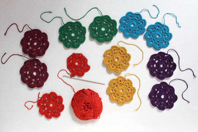 crocheting Maybelle Flowers