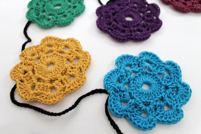 detail maybelle crocheted flower