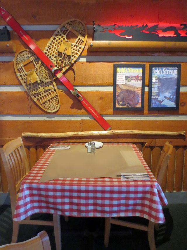 moose-winooskis-table