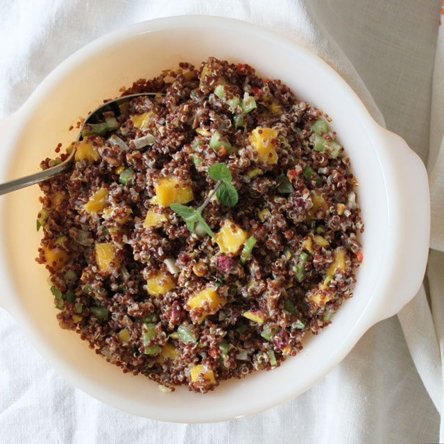 red-quinoa-salad-with-mango-and-pistachios