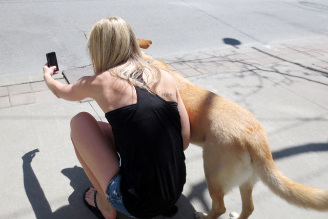 girl-and-dog-selfie