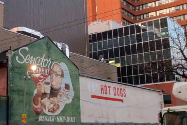 mural-hotdogs