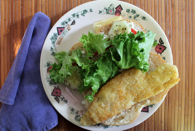 fish-sandwich-made-with-leftover-pan-fried-fish