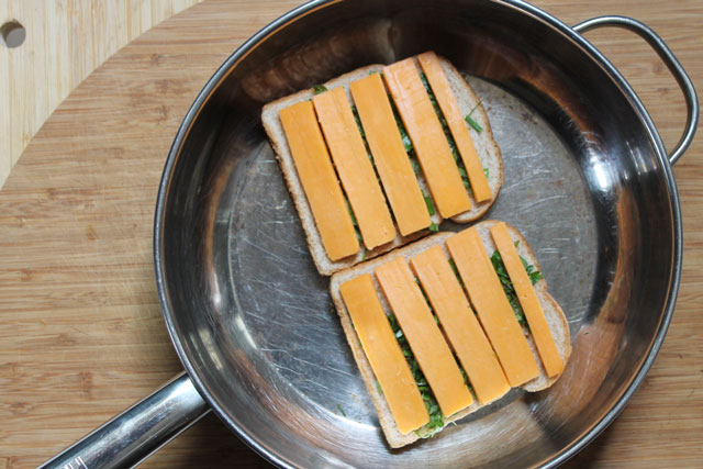 making-fresh-herb-grilled-cheese-sandwich-step-3