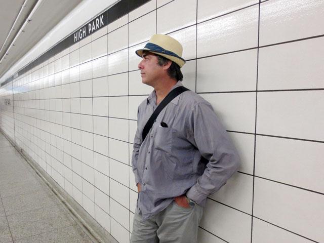 nick-subway-platform-02