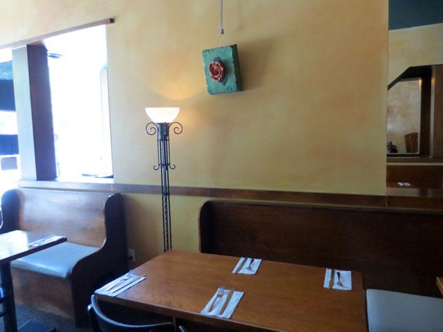 queen-mother-cafe