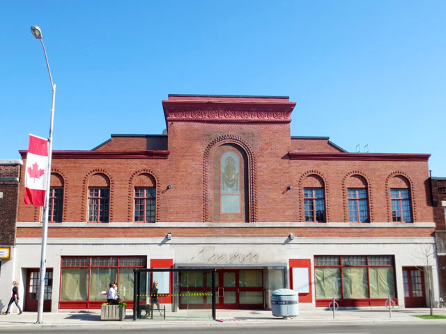 runnymede-theatre-built-1927-in-June-2014-toronto