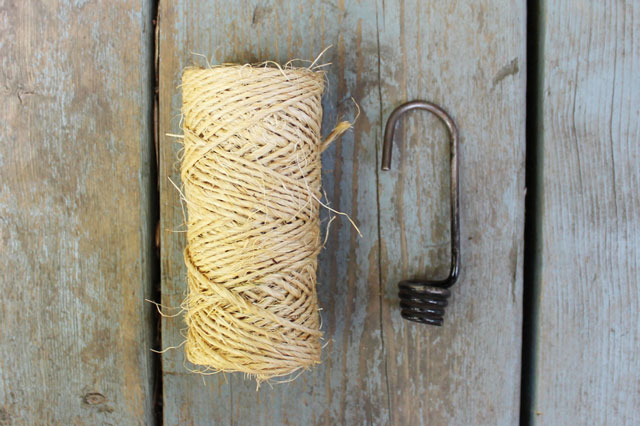 supplies-to-make-macrame-latch-fob