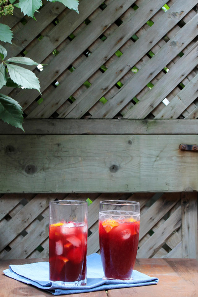 two-glasses-of-sangria