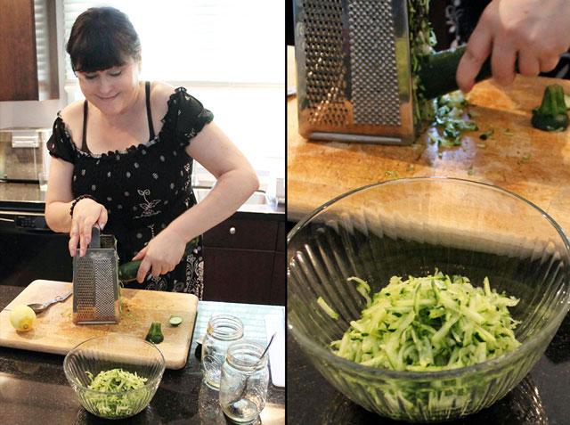 making-zucchini-and-mint-salad