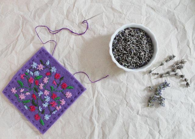 making a lavender sachet with felt