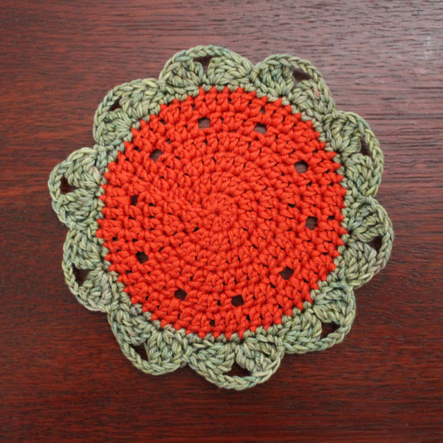 crocheted doily small made of yarn free pattern