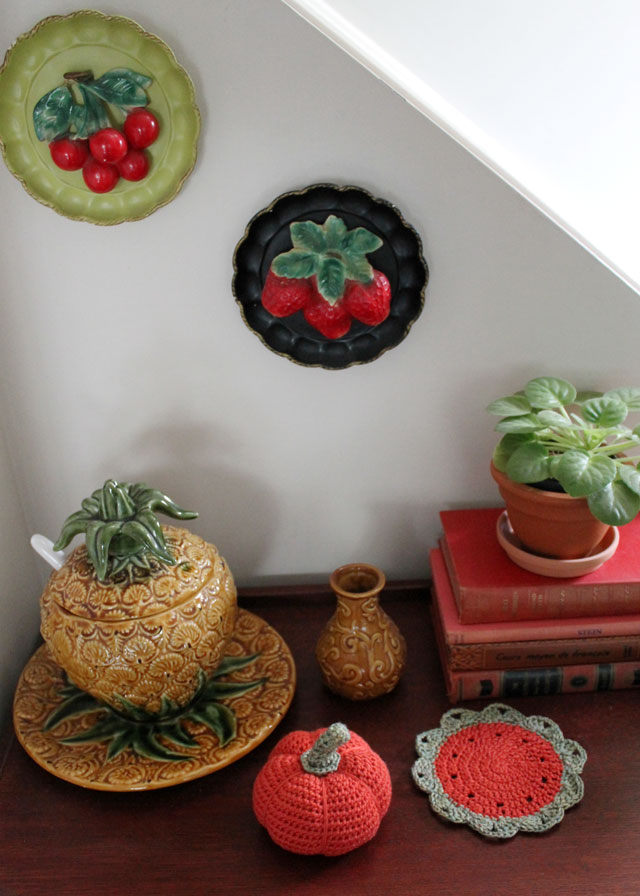 decorating for fall with crochet 04