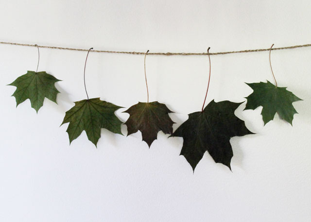 making a leaf garland with real leaves