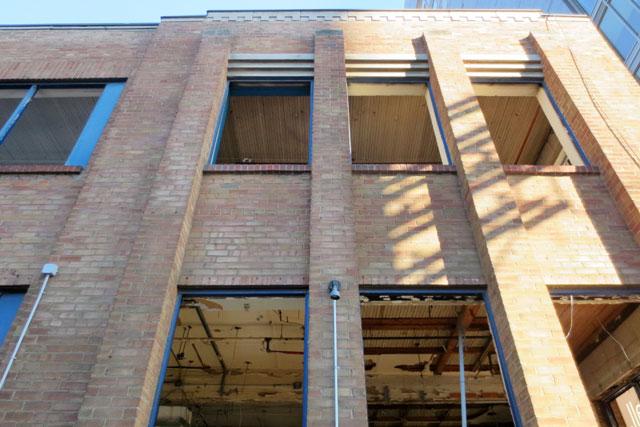 demolition-bathurst-and-adelaide-construction-02