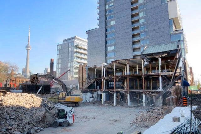 demolition-bathurst-and-adelaide-construction-06