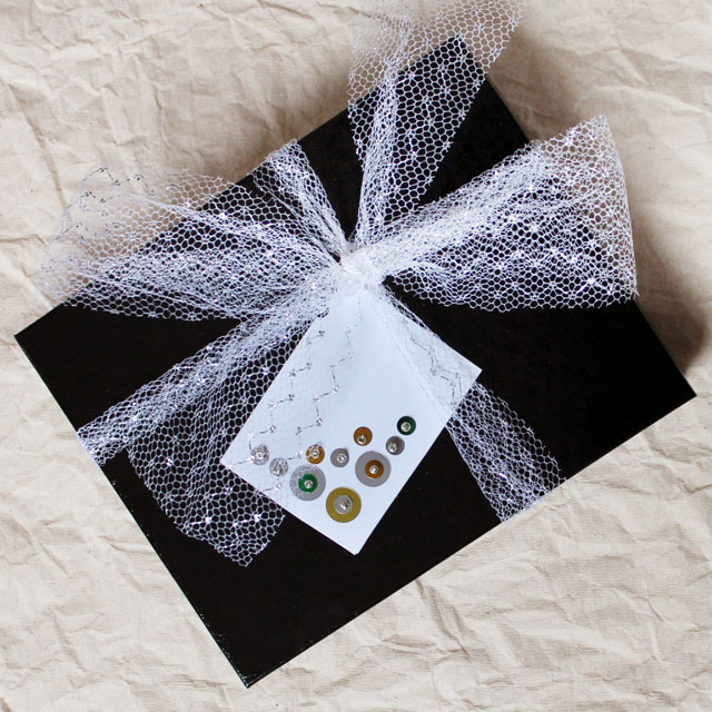 how to make a gift card sequins and beads