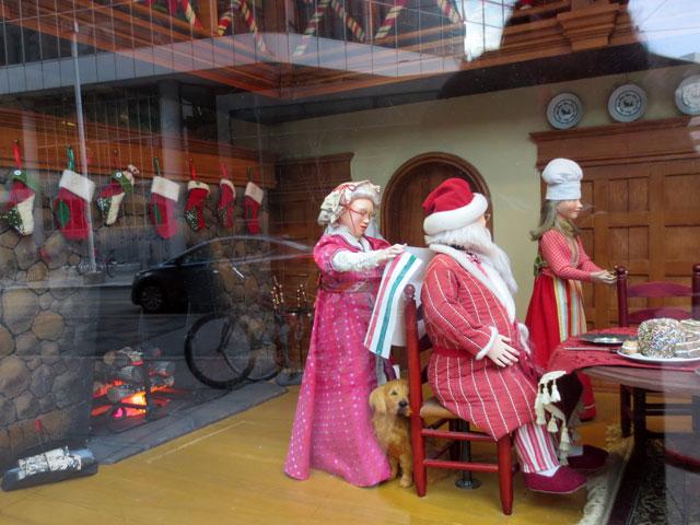 the bay christmas window 2014 04