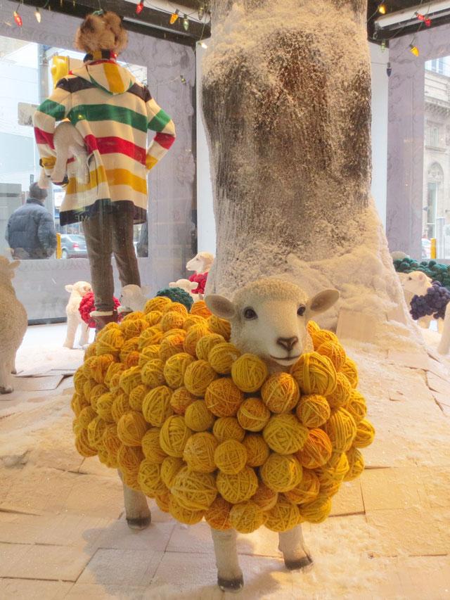 the bay window sheep balls of wool christmas 2014 downtown toronto 03