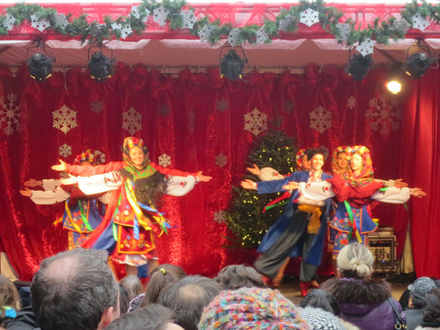 ukrainian dancers at distillery district christmas market toronto 2014