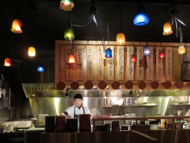 chef-at-ryoji-ramen-and-izakaya-restaurant-toronto