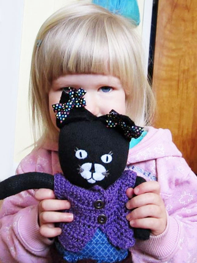d with handmade cat toy1