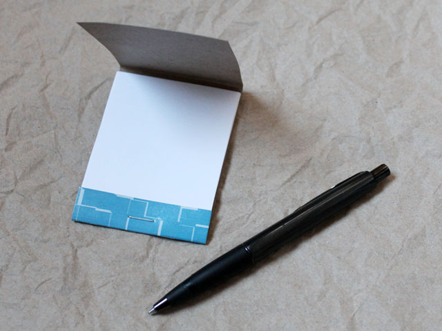 handmade-note-pad-made-from-upcycled-tissue-box-diy