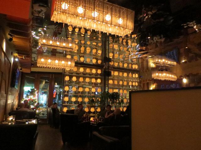 inside-ryoji-restaurant-college-street-toronto-2