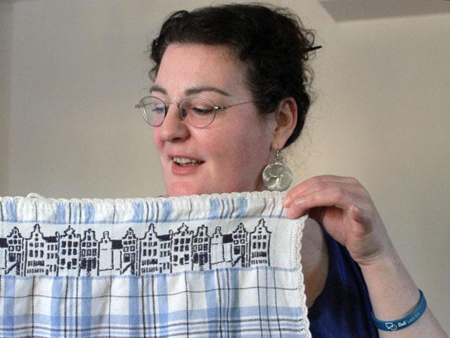 iz-and-hand-crocheted-kitchen-towel