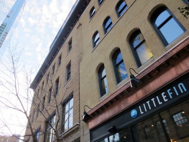 little-fin-restaurant-in-historic-dineen-building-toronto