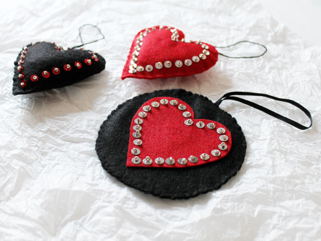handmade valentines decorations hanging felt heart ornaments diy