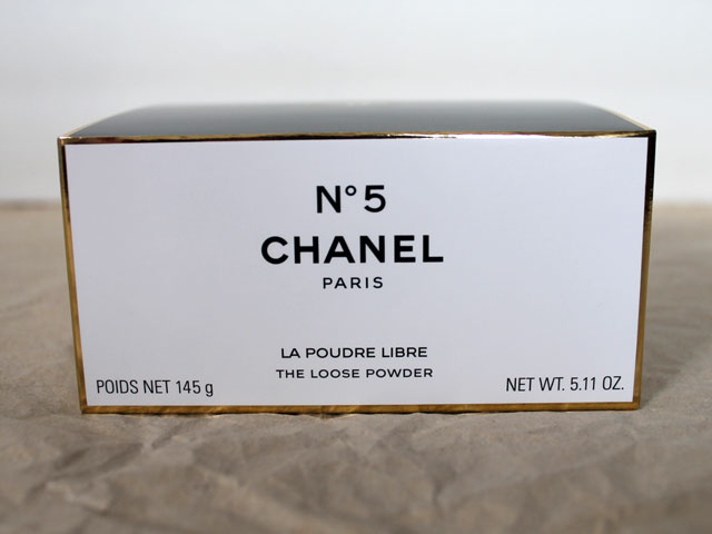 chanel-number-5-dusting-powder-the-loose-powder