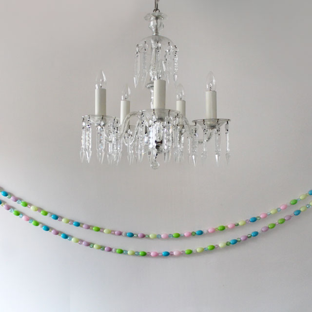 diy easter garland with blowmold eggs and beads