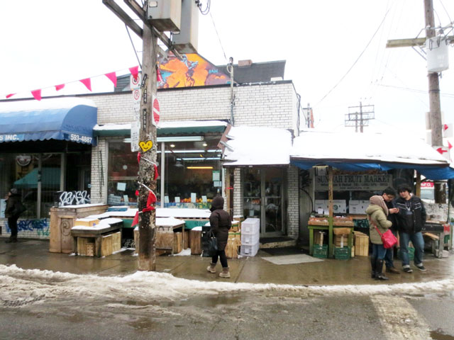 kensington-market-in-the-winter-toronto