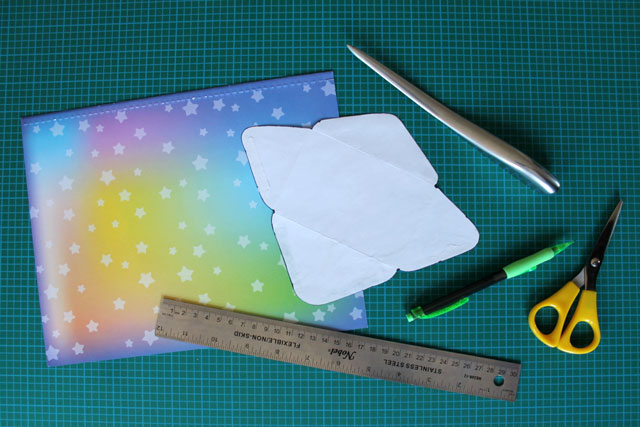 making-small-envelopes-supplies