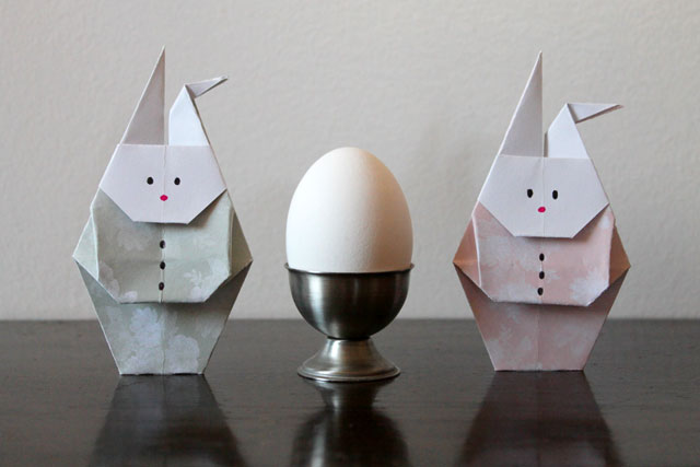 origami rabbits and an egg easter decoration