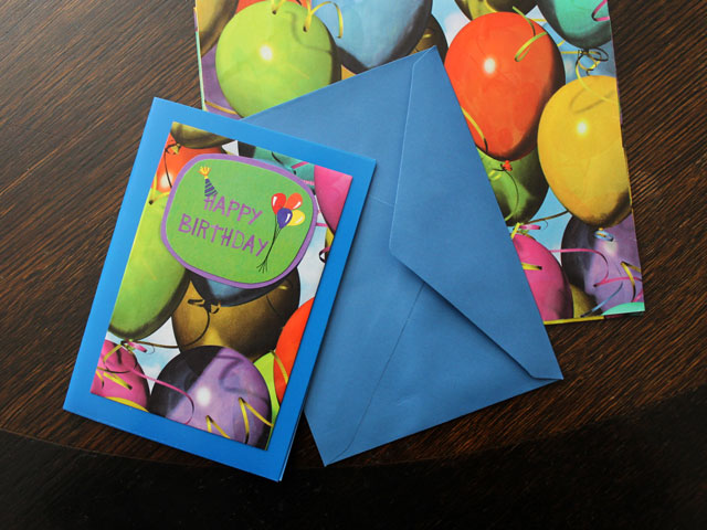 how to make a birthday card using gift wrap