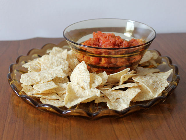 party food quick homemade tomato salsa