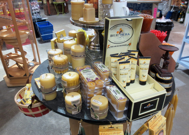 beeswax-candle-display-blue-banana-kensington-market-toronto