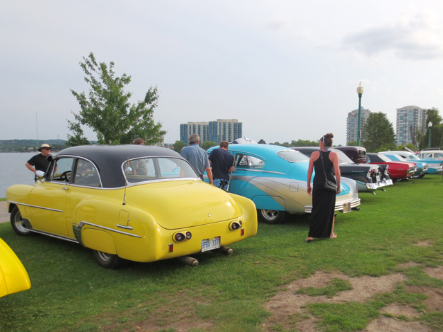 at-vintage-car-show-barrie