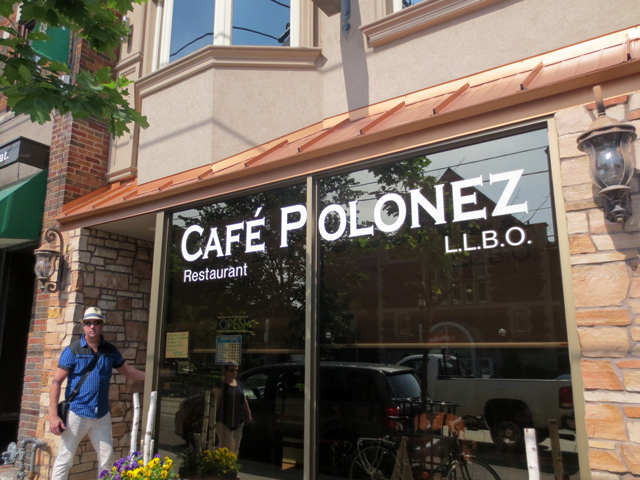 cafe-polonez-roncesvalles