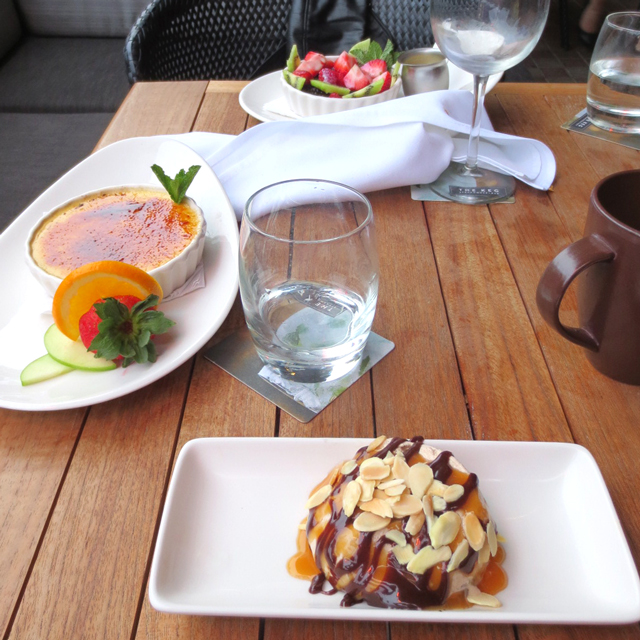 dessert on the patio at the keg king street west toronto
