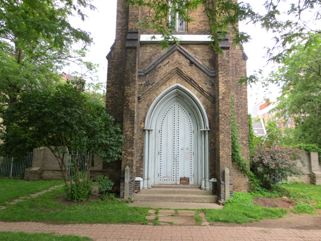 st-george-the-martyr-church-ruins-toronto-grange-park