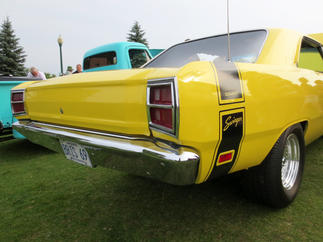 vintage-dart-swinger-barrie-car-show